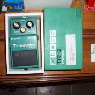 TR-2 Tremolo Boss