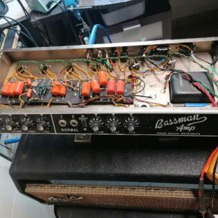 "Bassman Amp 60"""